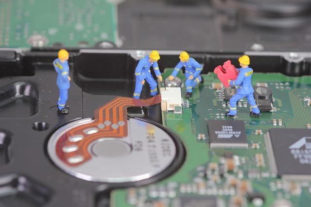 Jak sprawić, by laptop działał szybciej